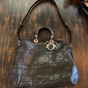 Dior  LRG black calf skin Cannage Granville purse